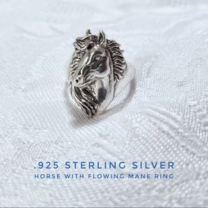 Vintage Horse With Flowing Mane Silver Ring